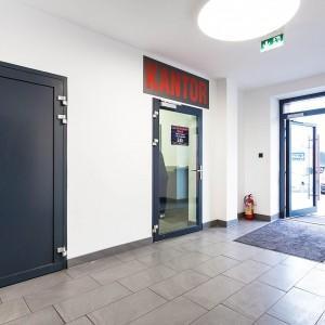 wejście do kantoru